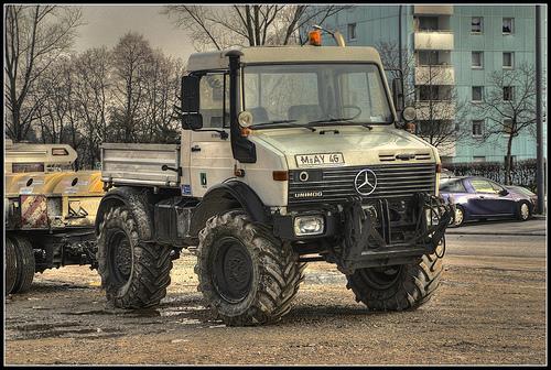 Mercedes Unimog