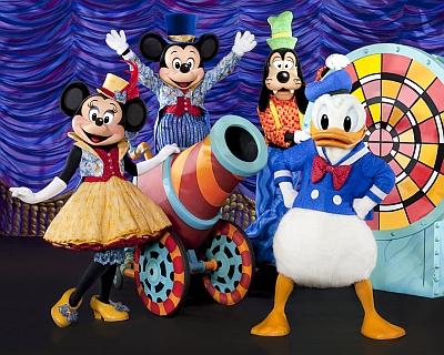 DisneyLive1