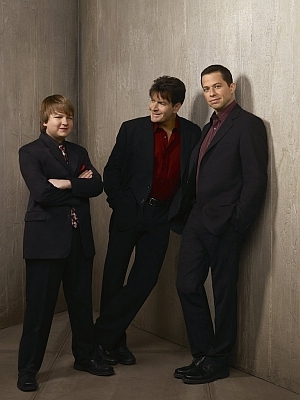 Two and a Half Men S5 res (1)
